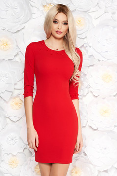 Red dress with tented cut elegant slightly elastic fabric with 3/4 sleeves