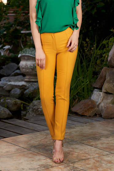 Mustard trousers office with medium waist conical slightly elastic fabric with faux pockets