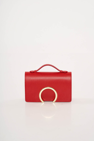 Red occasional leather bag with metalic accessory