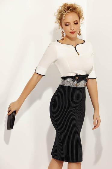 Fofy black skirt