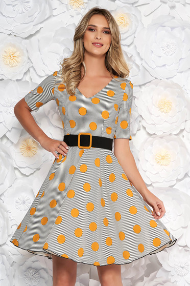 Mustard dress short cut daily cloche dots print with v-neckline accessorized with belt