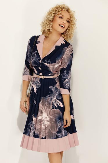 Darkblue Fofy dress accessorized with belt with v-neckline with 3/4 sleeves flaring cut
