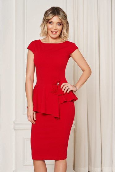 StarShinerS red elegant pencil dress with tented cut with frilled waist
