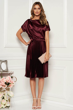 StarShinerS burgundy dress elegant cloche midi from satin accessorized with tied waistband folded up