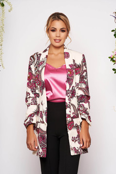 White jacket casual blazer with straight cut with 3/4 sleeves