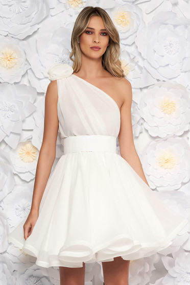 Ana Radu white dress luxurious from veil fabric with inside lining cloche accessorized with tied waistband