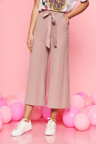Top Secret rosa casual trousers flaring cut high waisted accessorized with tied waistband airy fabric