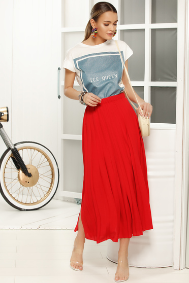 Red elegant cloche skirt with medium waist from veil fabric folded up