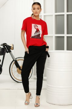 Red casual flared t-shirt short sleeve soft fabric
