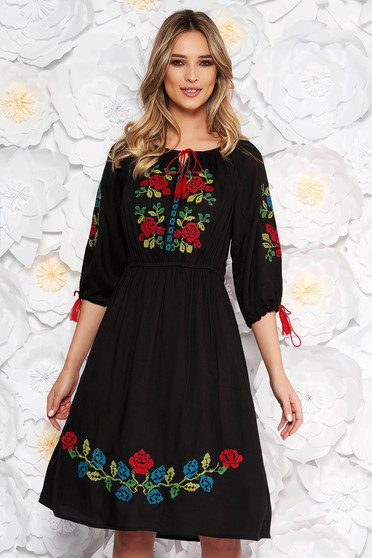 Black daily cloche dress with elastic waist nonelastic cotton front embroidery