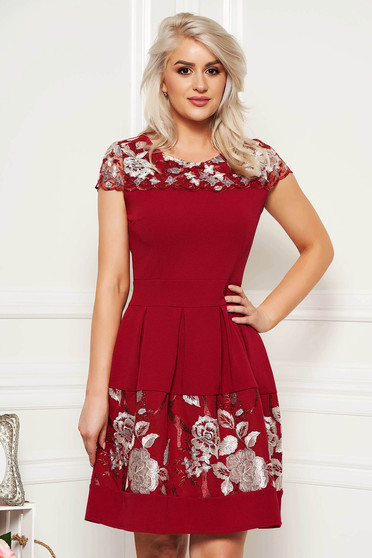 Burgundy elegant cloche dress slightly elastic fabric with inside lining with lace details