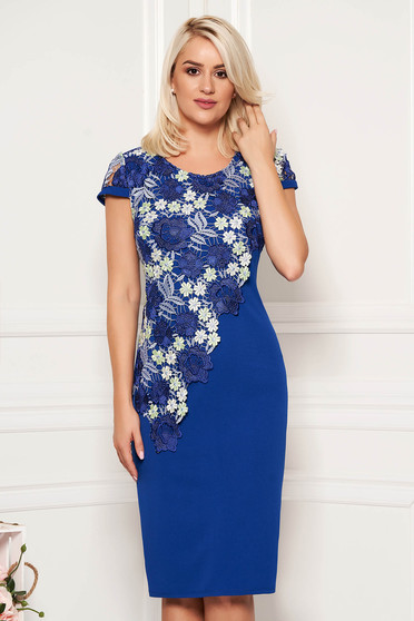 Elegant straight blue scuba dress with short sleeve and lace overlay