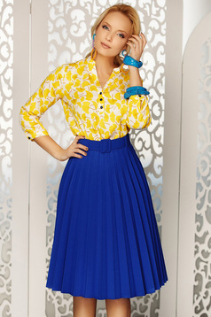 Fofy blue elegant folded up cloche skirt high waisted accessorized with belt slightly elastic fabric