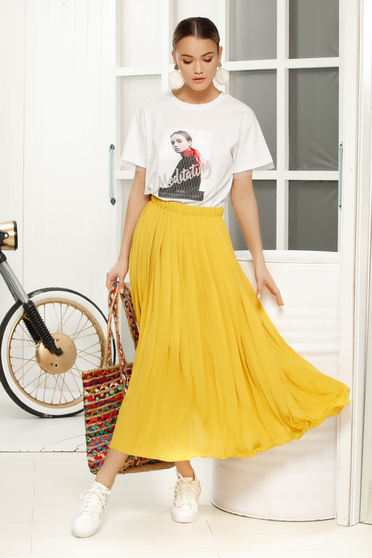 Yellow elegant cloche skirt with medium waist from veil fabric folded up