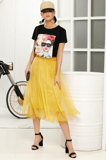 Yellow midi cloche skirt with medium waist from tulle