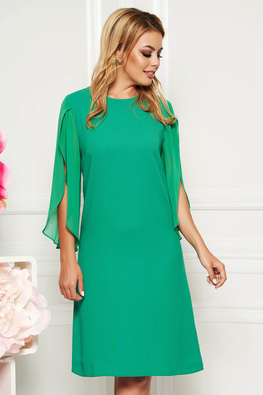 Green elegant flared dress 3/4 sleeve transparent sleeves
