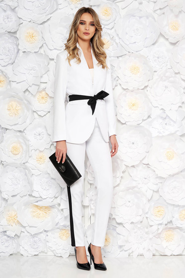 White lady set from 2 pieces with trousers arched cut accessorized with tied waistband