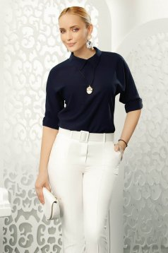 Fofy darkblue elegant women`s blouse with easy cut with 3/4 sleeves with a collar