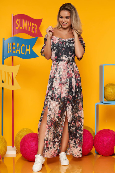 Lightpink dress casual cut material with v-neckline with floral print