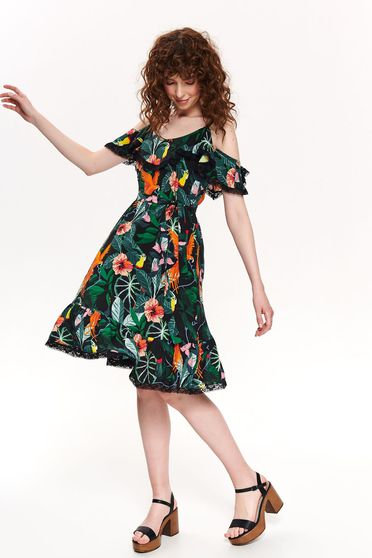 Top Secret green daily cloche dress airy fabric with rounded cleavage