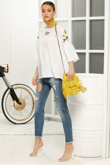 White casual with easy cut women`s blouse 3/4 sleeve airy fabric