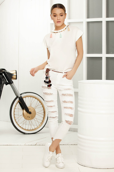 White flared t-shirt short sleeve with tassels