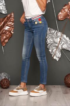 Blue skinny jeans with medium waist slightly elastic cotton