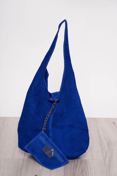 Blue casual bag medium handles with an accessory