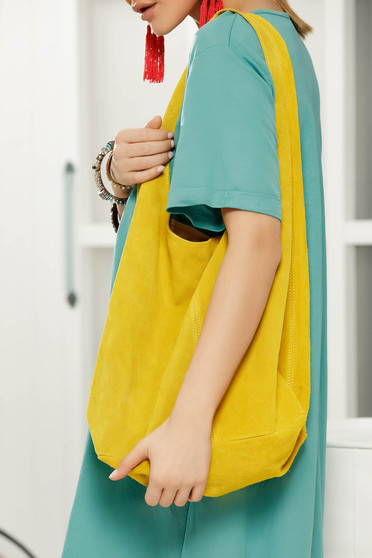 Yellow casual bag medium handles with an accessory