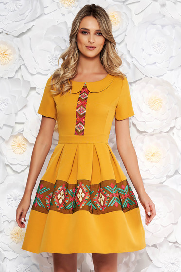 Mustard elegant daily cloche dress short sleeve with round collar embroidered details