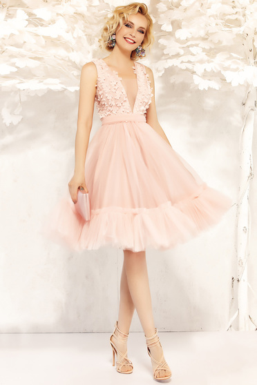 Fofy lightpink occasional cloche dress from tulle with inside lining with v-neckline