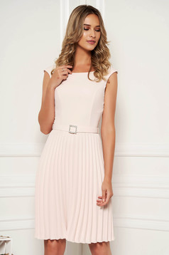 StarShinerS cream elegant sleeveless folded up dress accessorized with tied waistband with embellished accessories