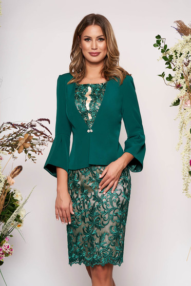 Green elegant arched cut lady set laced 2 pieces with inside lining