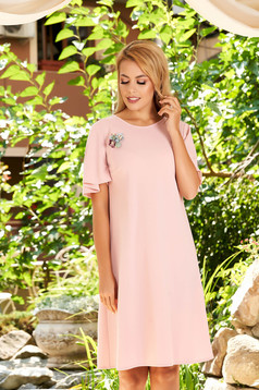 StarShinerS lightpink dress elegant daily straight with butterfly sleeves accessorized with breastpin