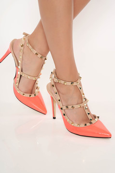 With high heels coral stiletto shoes with metallic spikes from ecological varnished leather