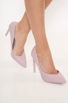 Lila elegant shoes with high heels slightly pointed toe tip