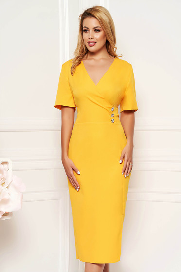 Yellow elegant daily midi dress arched cut with a cleavage soft fabric
