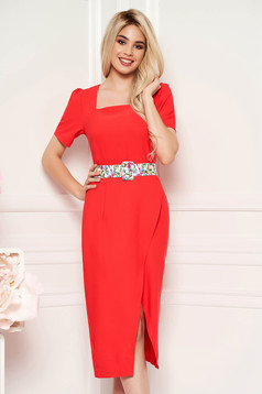 Coral elegant daily midi dress arched cut slightly elastic fabric accessorized with belt