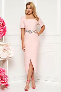 Lightpink elegant daily midi dress arched cut slightly elastic fabric accessorized with belt