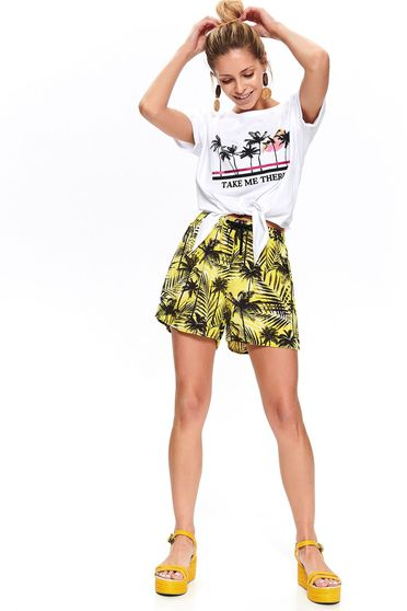 Yellow short airy fabric casual high waisted with laced details