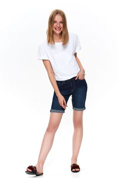 White casual short sleeve cotton flared t-shirt with raised pattern