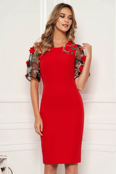 StarShinerS red elegant midi dress with tented cut slightly elastic fabric with floral details handmade details with crystal embellished details