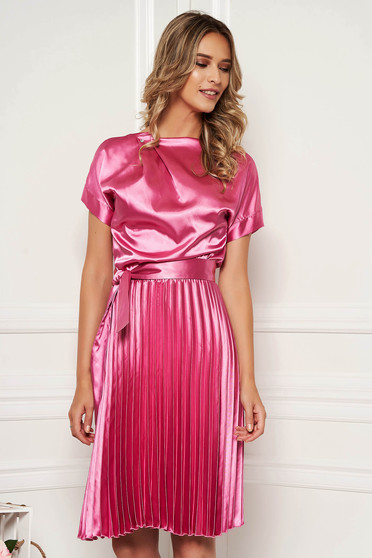 StarShinerS fuchsia dress elegant cloche midi from satin accessorized with tied waistband folded up