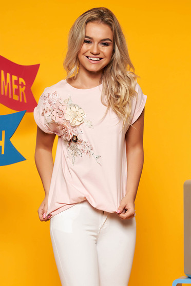 Lightpink t-shirt cotton short sleeve with floral details flared