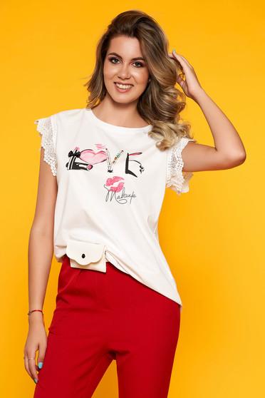 White t-shirt casual cotton neckline short sleeves