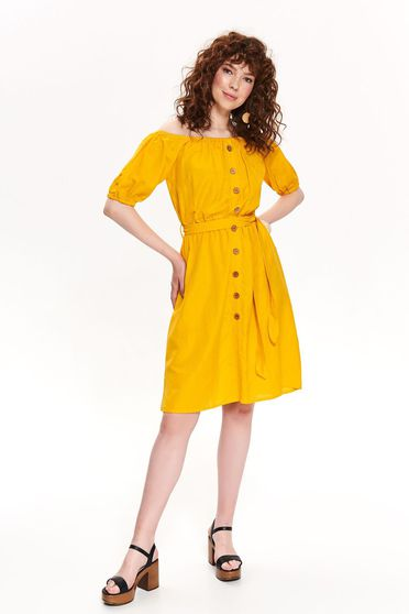 Yellow dress casual cloche naked shoulders accessorized with tied waistband