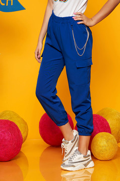 Blue trousers casual high waisted 3/4 lateral pockets with an accessory