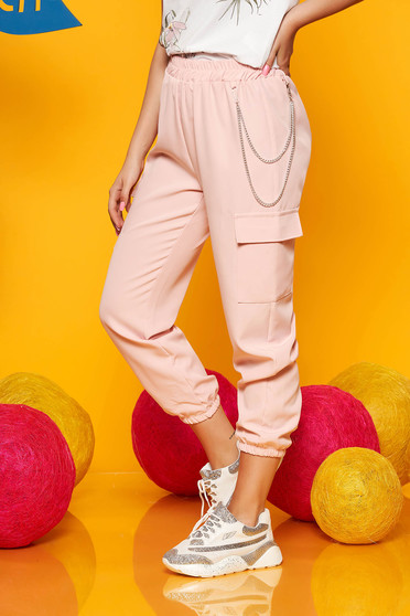 Lightpink trousers casual high waisted 3/4 lateral pockets with an accessory