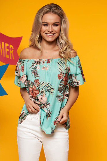 Mint women`s blouse flared with floral print on the shoulders