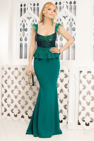 Green occasional mermaid cut dress with feather details